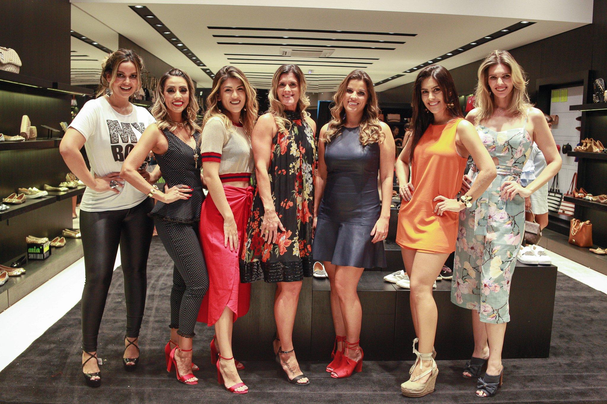 Camila Peara, Sara Coragem, Letícia Coelho, Roberta Leal, Rafaella Machado, Maria Clara e Kassandra Valduga